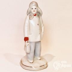 Скульптура «Мальчик с портфелем» (Школьник)